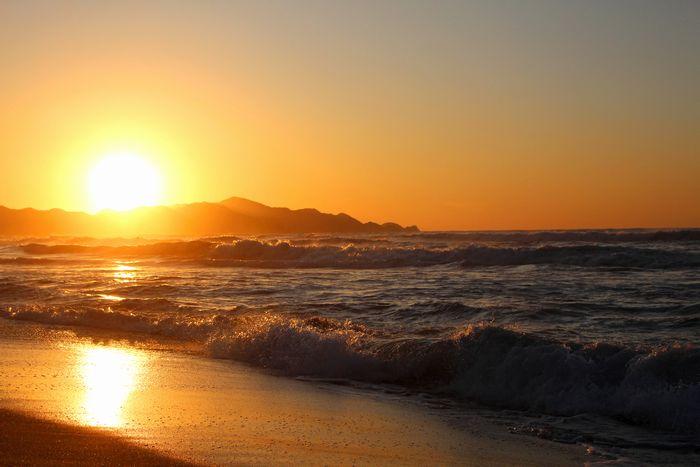 沈む瞬間の夕陽